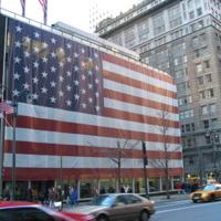 NYC_American_Flag_Building.JPG