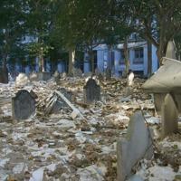 09-19-01_St_Pauls_Graveyard_hash_2.JPG